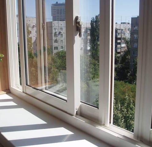 Розсувні вікна пластикові